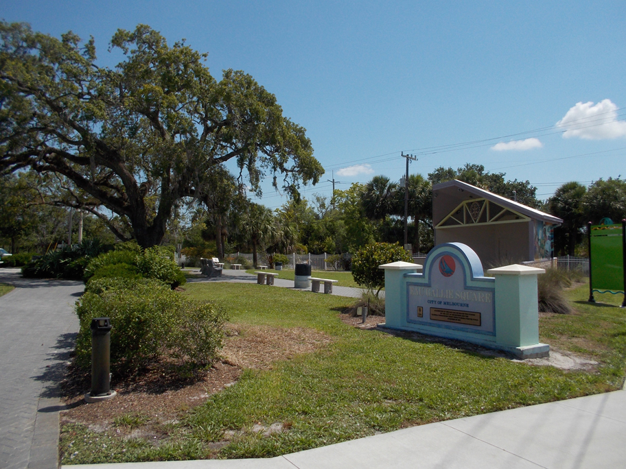 Eau Gallie Square