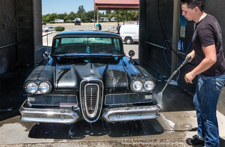 Commercial car wash by Robert Couse-Baker Flickr Creative Commons